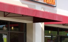 Blaze Pizza booms in business